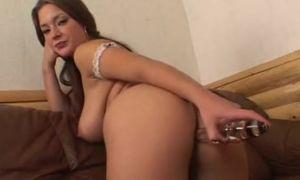 Ekaterina Makarova recibe doble penetracion vídeo XXX