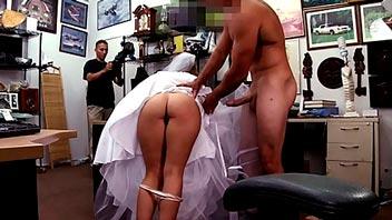 Novia follando con desconocido antes de la boda
